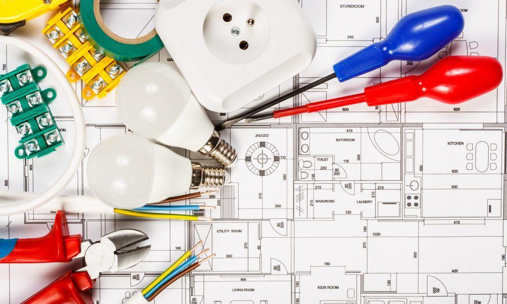 Монтаж и замена электропроводки